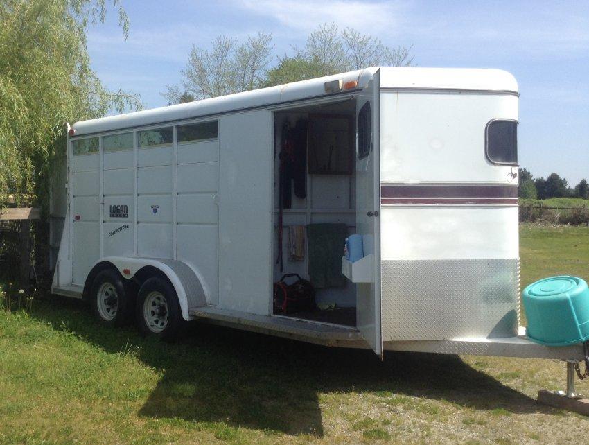 3 horse trailer for sale bumper pull rh organized environment com Typical RV Wiring Diagram RV Wiring Diagram